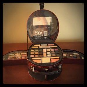 ULTA Beauty FULL Palet Kit+mirrior.and brush kit